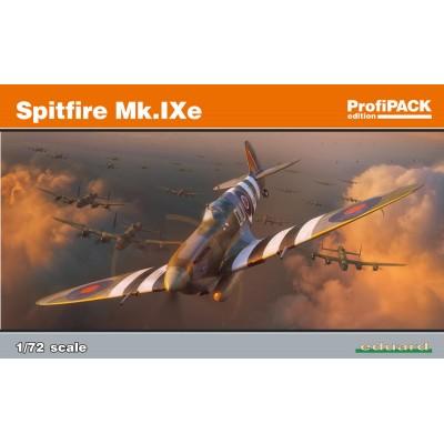 Spitfire Mk.IXe ( 1/72 code 70123 )