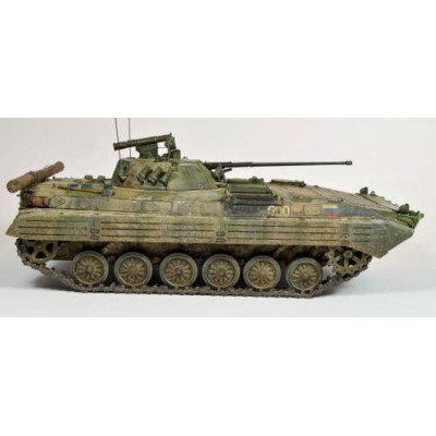 Russian Infantry Fighting Vehicle BMP-2 (1/35 code 3554 )