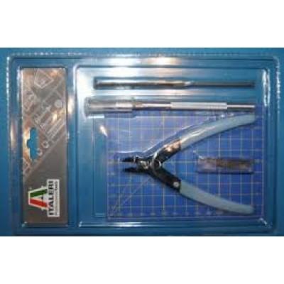 PLASTIC MODELLING TOOL SET Italeri 50815