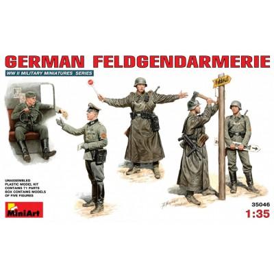 German FELDGENDARMERIE ( 1/35 code 35046 )