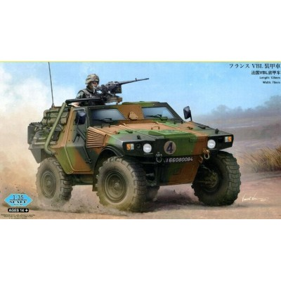 French VBL Armour Car ( 1/35 code 83876 )