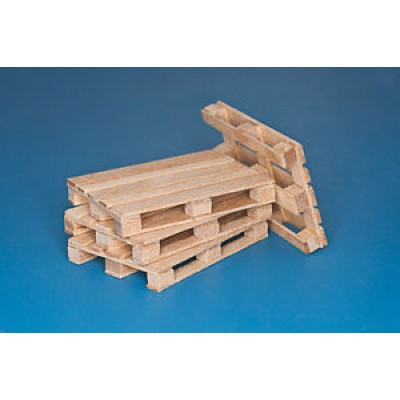 4 x natural wood pallets 1/35