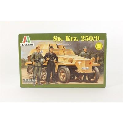 Sd. Kfz. 250/9 (1/72 code 7020 )